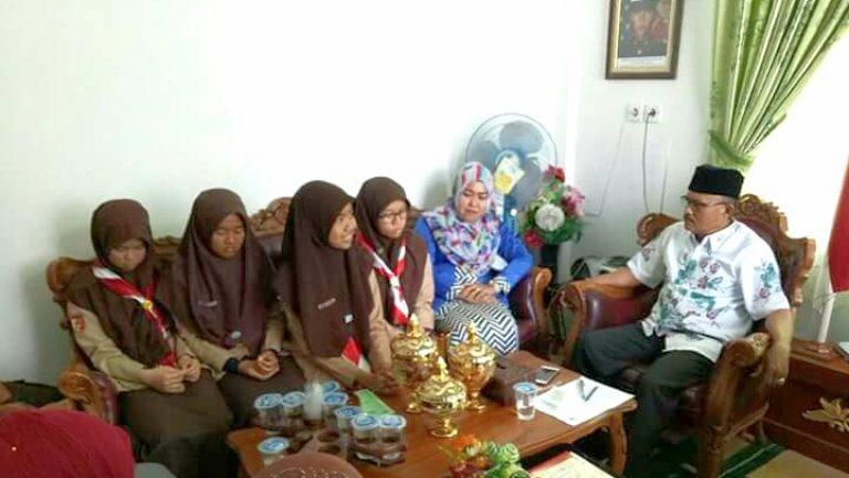 SMAN 1 Solok Selatan Torehkan Prestasi Juara 3 Lomba Debat Bahasa Indonesia Tingkat Provinsi