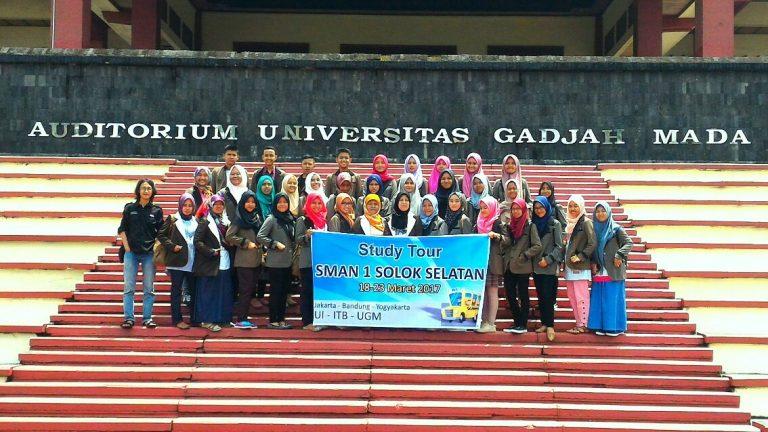 Smansa Kunjungi UGM, ITB dan UI