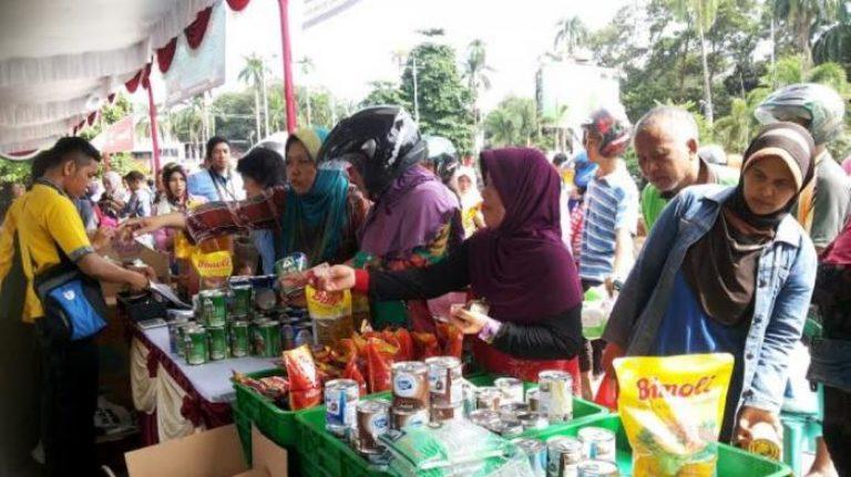 Dapatkan Sembako Murah di Pasar Murah Dinas Perindagkop dan UKM