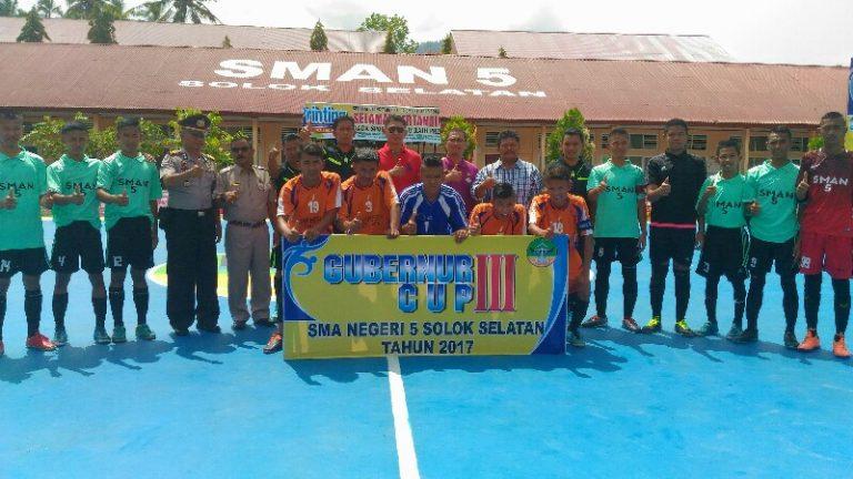 SMAN 5 Solsel Gelar Turnamen Futsal Gubernur Cup III Tingkat Sumbar, Riau, Jambi