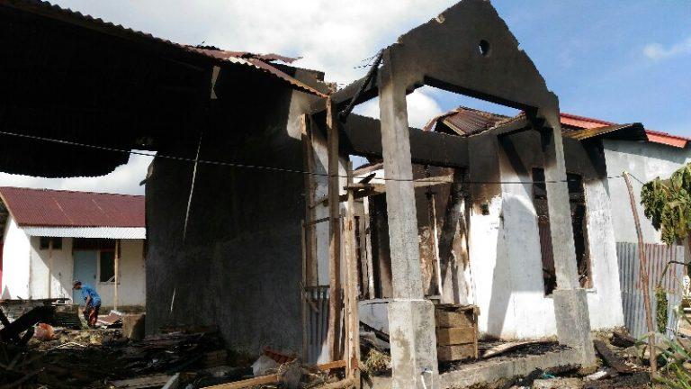 Diduga Ini Penyebab Terbakarnya Rumah di Pekonina